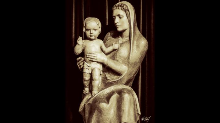 Marienstatue Muttergottes in der Erlöserkirche